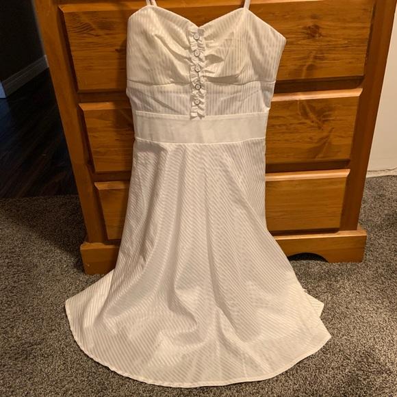 Foxy Jeans White dress, size M, NWT